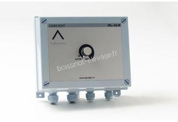 Coffret ampli 0-10 v H.F avec relais de coupure 220 V