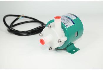 Pompe centrifuge à entrainement magnétique pour bac agitateur